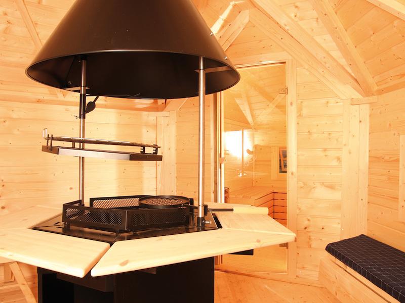 wolff finnhaus grillkota mit saunaanbau gr n. Black Bedroom Furniture Sets. Home Design Ideas